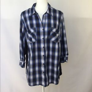 Avenue button down shirt, plaid blue size 22/24